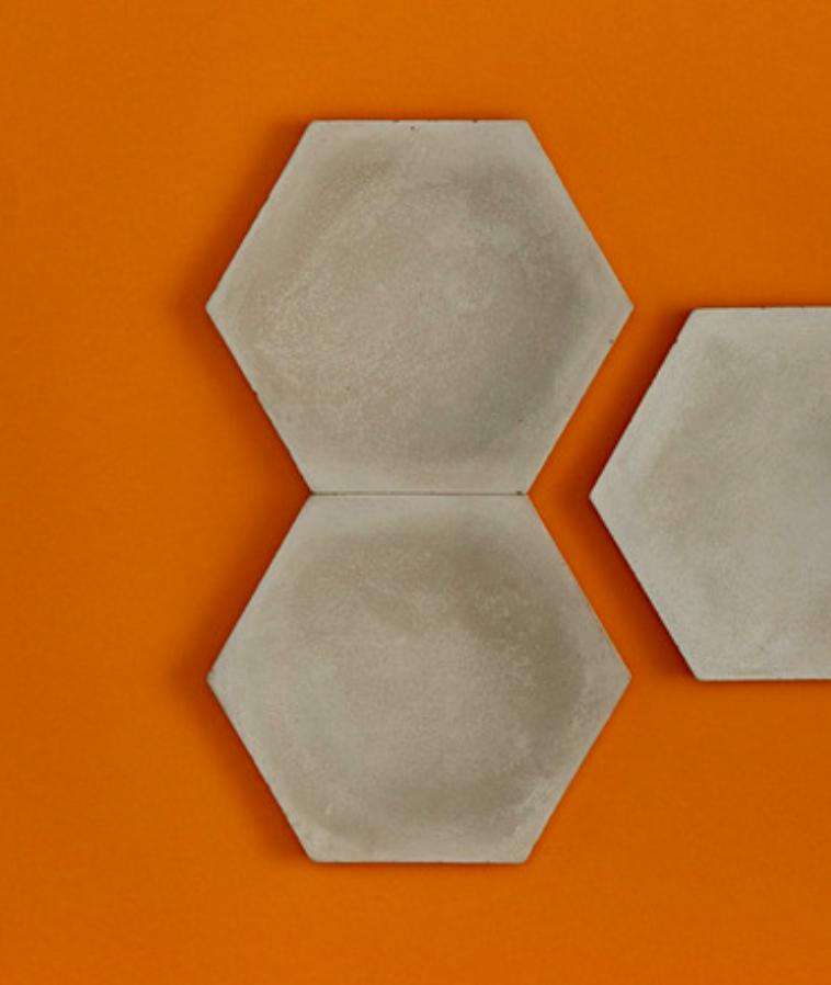 HONEY BEE - linia TEKT Concrete - MILKE